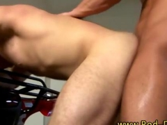 Ass ramming muscly pornstar cums after a good fuck